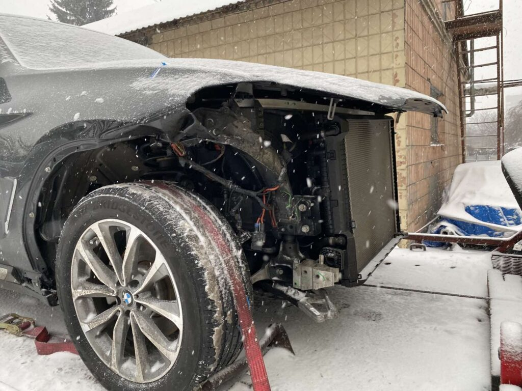 Восстановление геометрии кузова БМВ Киев цена